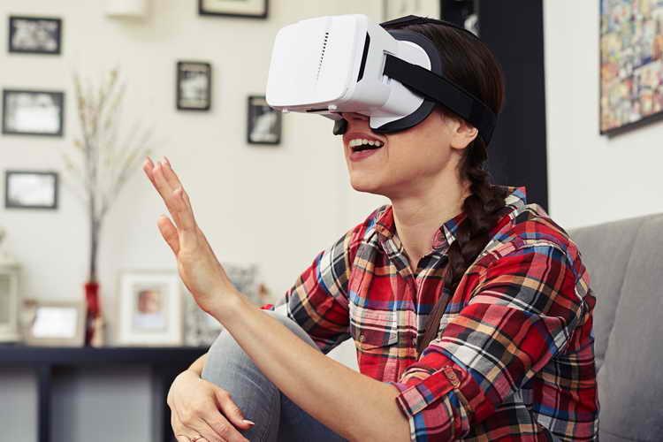 واقعیت مجازی (VR)