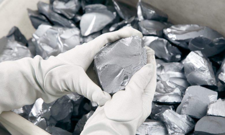 تولید سیلیکون متال، مواد اولیه سلولهای خورشیدی